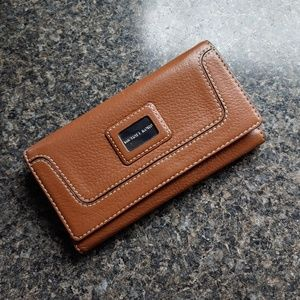 Michael Kors Leather Wallet Brown